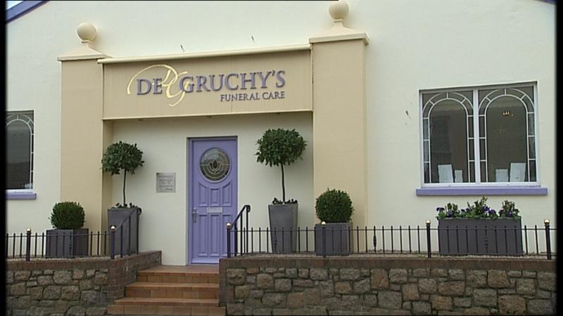 DE-GRUCHY-EXTERIOR